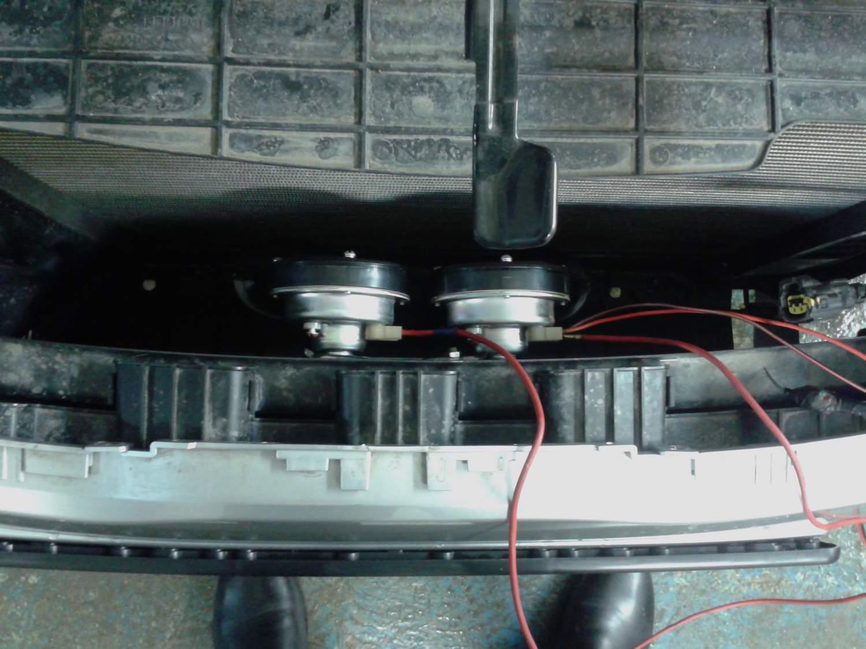 видео как поменять сигнал на киа рио не снимая бампер