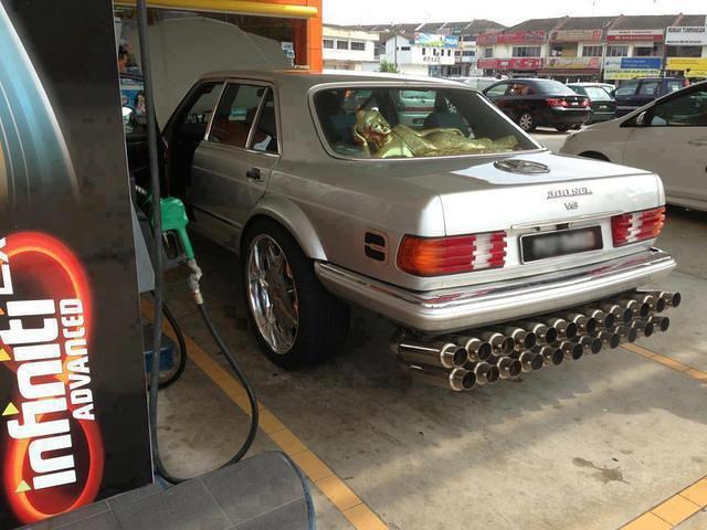 Нажмите на изображение для увеличения.  Название:Funny Car Pictures That Make You Laugh - Part 1 - 13.jpg Просмотров:979 Размер:52.5 Кб ID:82019